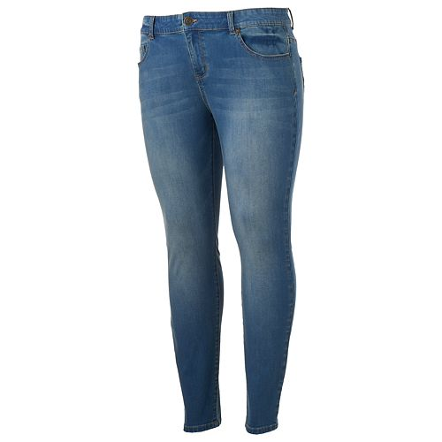 Juniors' Plus Size SO® Low Rise Jeggings