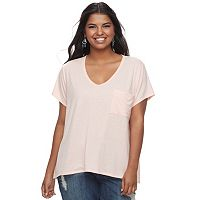 Juniors' Plus Size SO® Scoopneck Tee