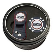 Team Golf New York Giants Switchfix Divot Tool & Golf Chip Set
