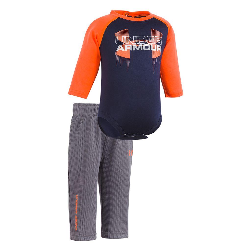 Newborn Baby Boy Under Armour Logo Raglan Bodysuit & Pants Set