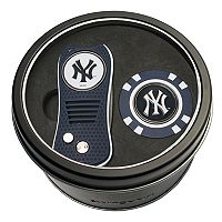 Team Golf New York Yankees Switchfix Divot Tool & Golf Chip Set