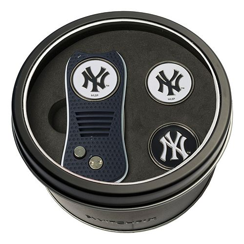 Team Golf New York Yankees Switchfix Divot Tool & Two Ball Markers