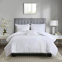 Madison Park 4-piece Kate Seersucker Duvet Cover Set