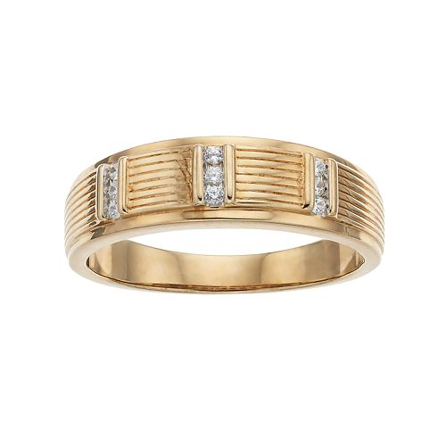 Men's 10k Gold 1/10 Carat T.W. Diamond Textured Ring