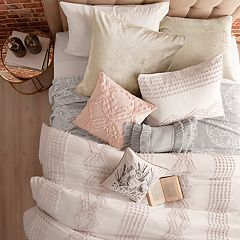 Peri Cut Geometric Pillow Sham