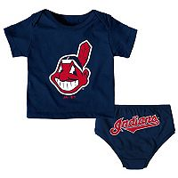 Baby Majestic Cleveland Indians Uniform Tee & Shorts Set