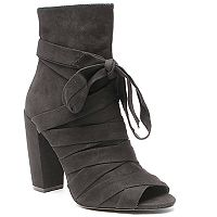 2 Lips Too Too Giselle Women's Ankle Boots
