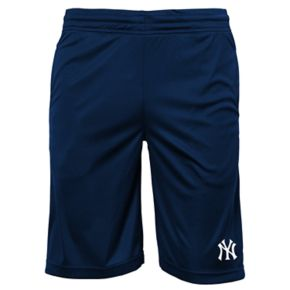 Boys 8-20 New York Yankees Mesh Shorts