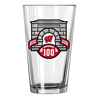 Boelter Wisconsin Badgers Embossed Pint Glass