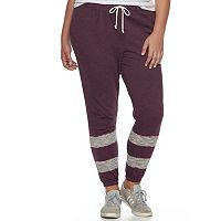 Juniors' Plus Size SO® Fleece Jogger Pants
