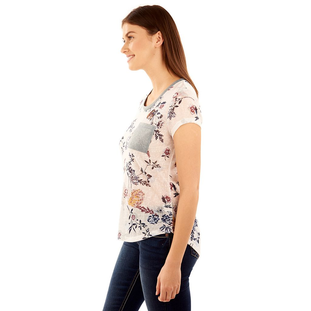 Juniors' Wallflower Contrast Pocket Print Tee