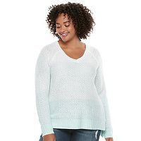 Juniors' Plus Size SO® Raglan V-Neck Sweater