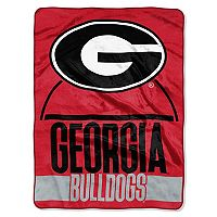 Georgia Bulldogs Silk-Touch Throw Blanket