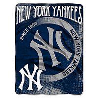 New York Yankees Silk-Touch Throw Blanket