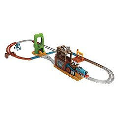 Fisher-Price Thomas & Friends TrackMaster Scrapyard Escape Set