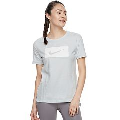 Women's Nike Sportswear Swoosh Graphic T-Shirt