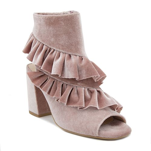 Mari A. Intoxicate Women's Ankle Boots