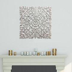 Distressed White Medallion Wall Decor