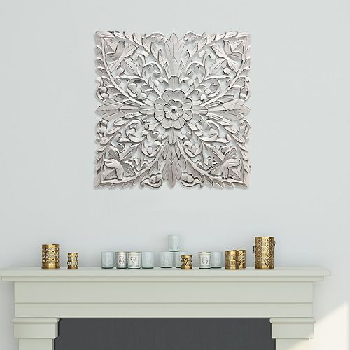 Distressed White Medallion Wall Decor