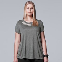 Plus Size Simply Vera Vera Wang 10th Anniversary Simulated-Pearl Embellished Tee