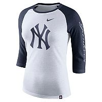 Women's Nike New York Yankees Triblend Tee