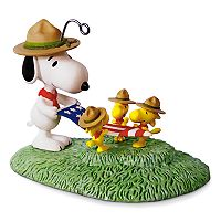 Peanuts Snoopy Flag Folding Ceremony 2017 Hallmark Keepsake Christmas Ornament