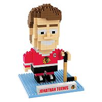 Forever Collectibles Chicago Blackhawks Jonathan Toews BRXLZ 3D Puzzle Set