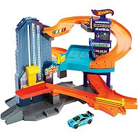 Hot Wheels Speedtropolis Track Set by Mattel