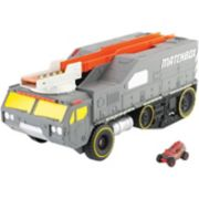 Matchbox Color Changers Meteor Hauler Play Set by Mattel