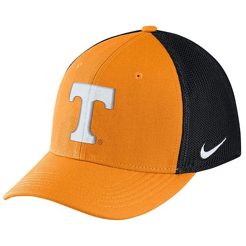 Adult Nike Tennessee Volunteers Aero Classic 99 Flex-Fit Cap