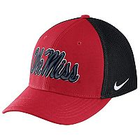Adult Nike Ole Miss Rebels Aero Classic 99 Flex-Fit Cap