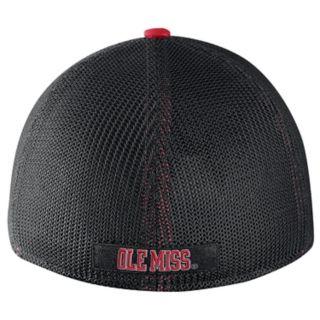 Adult Nike Ole Miss Rebels Aero Classic 99 Flex-Fit Cap