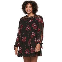 Juniors' Plus Size HeartSoul Split-Sleeve Crochet Swing Dress