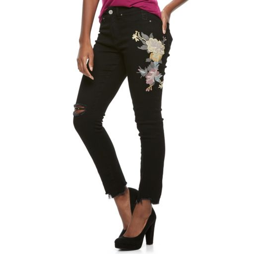 Juniors' Indigo Rein Floral Embroidery Skinny Jeans