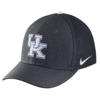 Adult Nike Kentucky Wildcats Aerobill Flex-Fit Cap