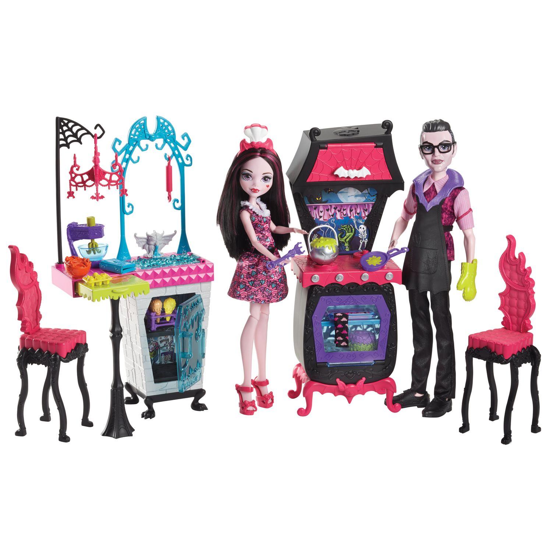 Monster High Monster Family Vampire Kitchen Playset, Draculaura Doll U0026  Dracula Doll Set