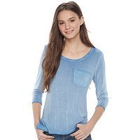 Juniors' SO® V-back Pocket Tee