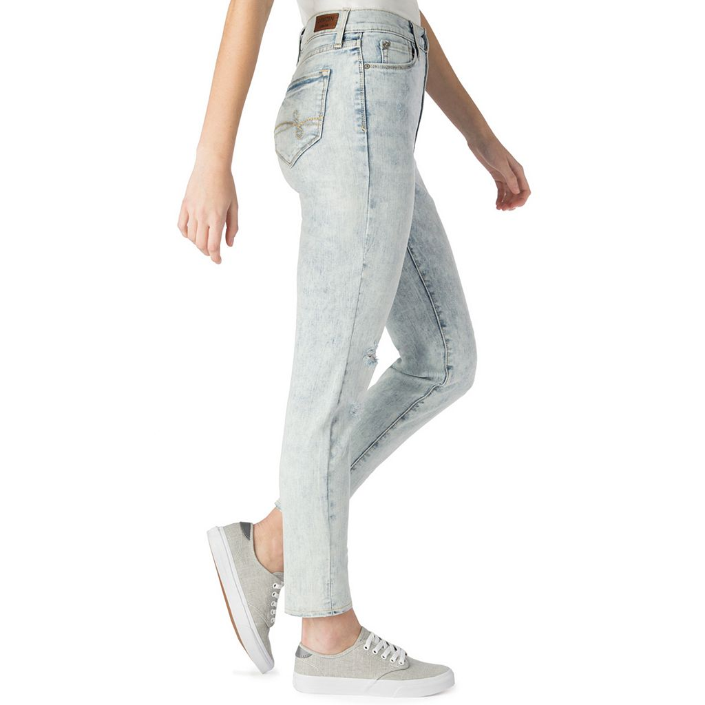 Juniors' DENIZEN from Levi's High-Waisted Mom Jeans