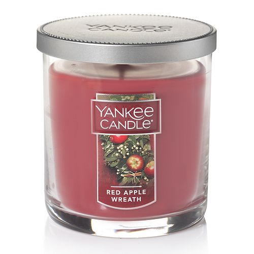 Yankee Candle Red Apple Wreath 7-oz. Candle Jar