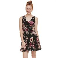 Juniors' Three Pink Hearts Floral Scalloped Skater Dress