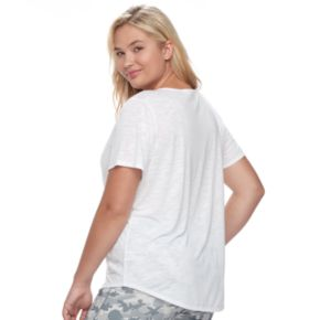 """Juniors' Plus Size Her Universe Star Wars """"This Princess Saves Herself"""" Graphic Tee"""