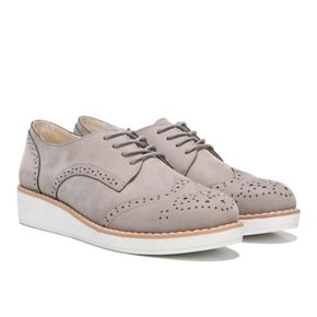 Fergalicious Everest Women's Wingtip Sneakers