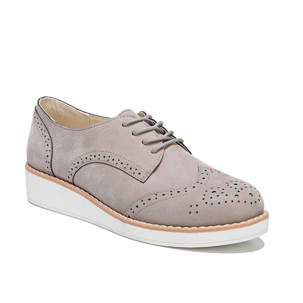 Fergalicious Everest Women's ... Wingtip Sneakers best prices for sale cheap Manchester sale fashionable buy cheap view clearance for sale HgPIWlT