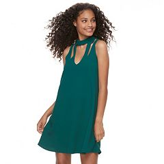 Juniors' Speechless Strappy Choker Neck Shift Dress