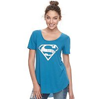 Juniors' Superman Graphic Tee