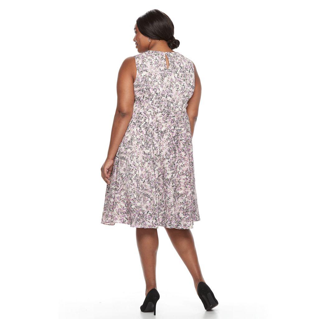 Plus Size Dana Buchman Sleeveless Paneled Circle Cut Dress