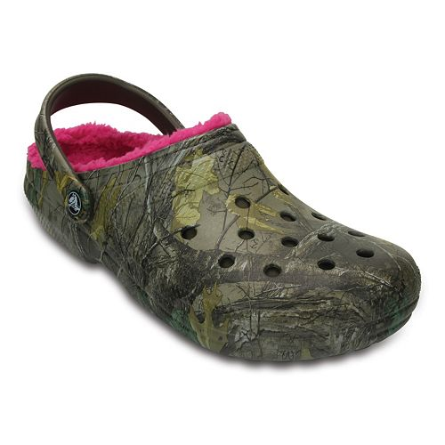 d4c8a0c57 Crocs Classic Realtree Xtra Fuzz Lined Adult Clogs