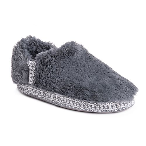 MUK LUKS Moccasin Faux Fur Slipper Clearance Pre Order Sale Footlocker Pictures Official Cheap Online dOqY1iGsX