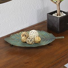 Stratton Home Decor Metal Leaf Table Decor