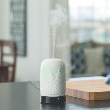 Candle Warmers Etc. Northern Lights Color-Changing Essential Oil Diffuser